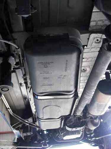 ダッジ ラムバン修理 燃料ポンプ交換
