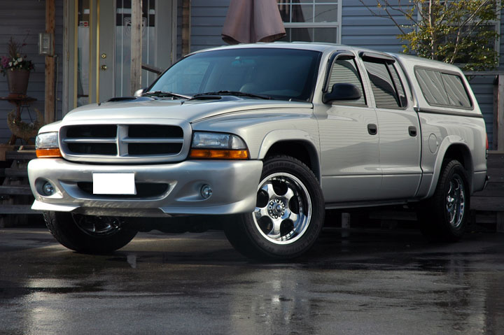 2001年式 ダッジ ダコタ 4WD スポーツパッケージ<br>SOLD OUT