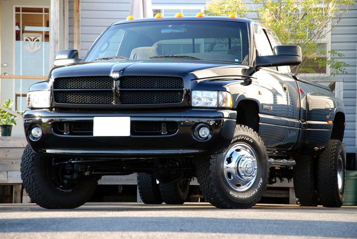 2001年式 ダッジラム 3500 デューリー 4WD SPG<br>SOLD OUT
