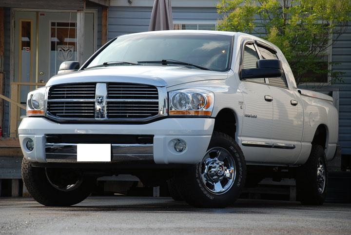 2006年式 ダッジラム 1500 メガキャブ 4WD ララミー<br>SOLD OUT