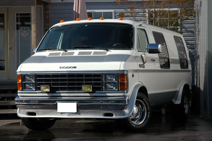 1984年式 ダッジラム 250 バン<br>SOLD OUT