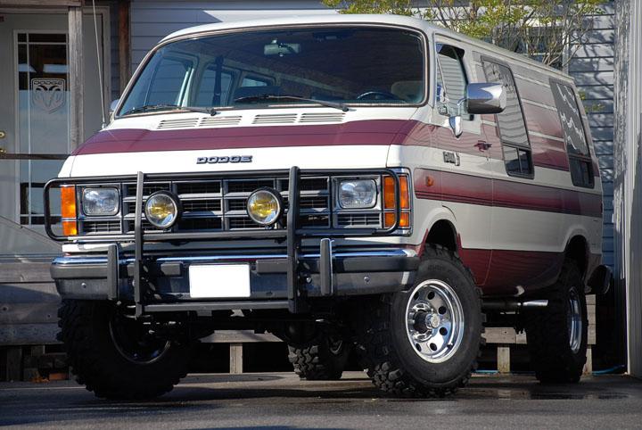 1988年式 ダッジラム 350 バン カスタム 4WD<br>SOLD OUT