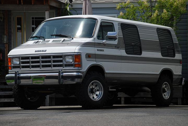 1992年式 ダッジラム 350 バン カスタム 4WD<br>SOLD OUT