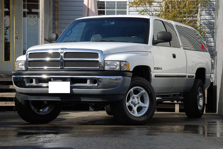 1998年式 ダッジラム 1500 4WD SLT<br>SOLD OUT