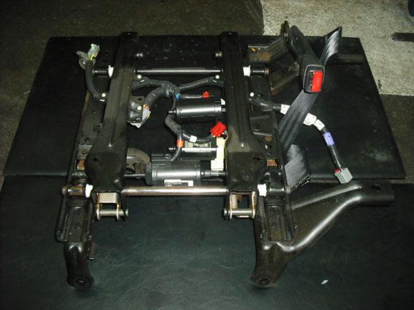 ダッジ ラムピックアップ 修理 パワーシートモーター交換