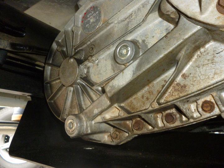 フォード F250 修理 オイル漏れ