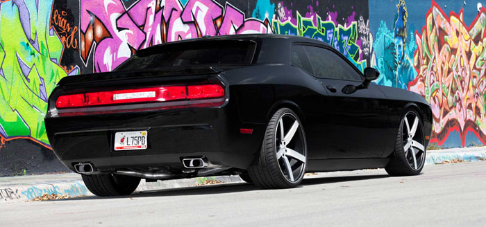 matte-black-dodge-challenger-on-vossen-vvs-cv3-10
