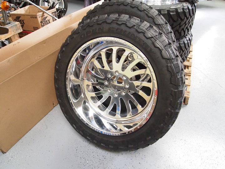 アメリカンフォース ホイール ダッジ フォード シボレー アメ車