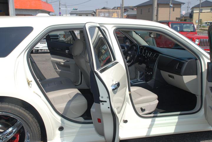 14y トヨタ タンドラ 9インチリフトアップ