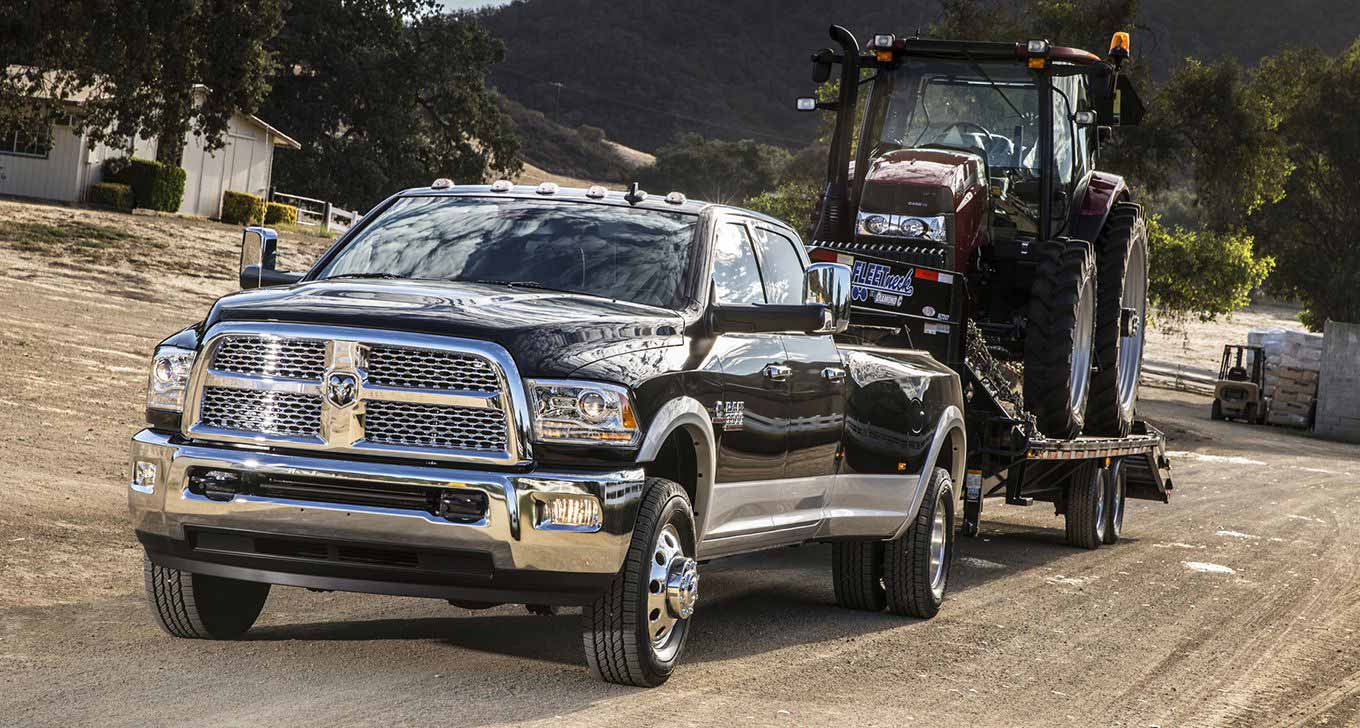 ram-3500-laramie-dual-rear-wheels