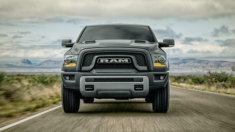 RAM TRUCK 1500 ガソリン&エコディーゼル