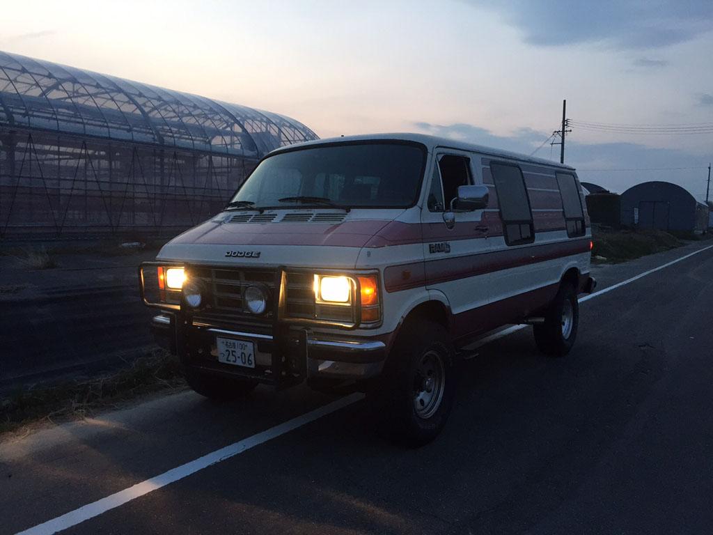 ご成約 1988y ダッジバン 4WD B350