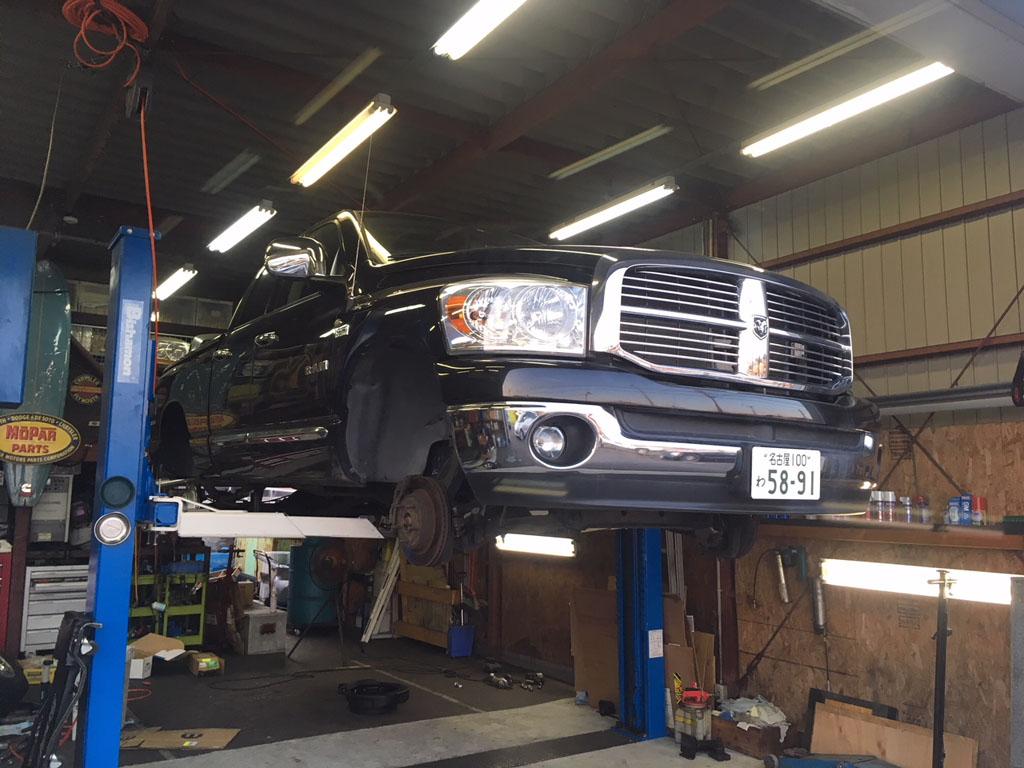 ダッジラムトラック レンタカーの整備
