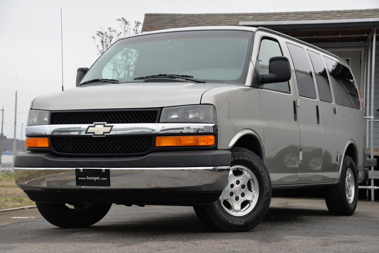 新車並行 2003年式 シボレー エクスプレス AWD¥3,500,000